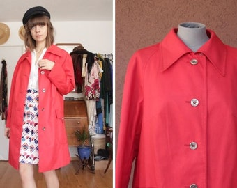 1970's Red Rain Coat - 70's Pointy Collar Boule Trench Coat - Size S / M