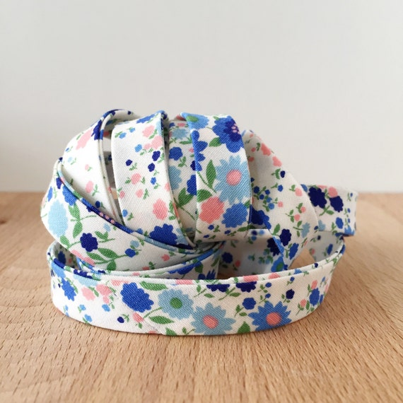 "Kaufman Sevenberry Petite Garden Flower Patch Blue Cotton 1/2"" double-fold bias tape- floral- 3 yard roll"