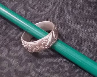 Sterling Silver Patterned Band Ring - Free 2-Day US Shipping!