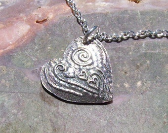"Fine Silver Puffy Patterned Heart Pendant Necklace with 24"" Chain"