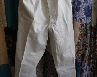 button fly white navy trousers REF 584
