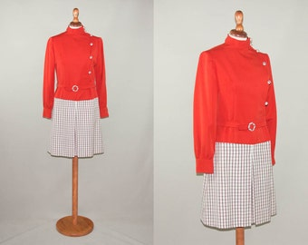 1960s swingin'london dress / sartorial red squares dress / made in italy vintage sixties dress / side buttons