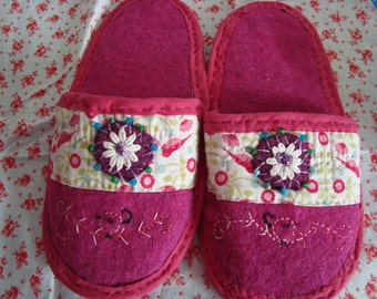 Interior in all embroidered wool slippers handmade