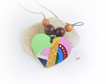 Modern, simple, colorful, hand-painted necklace, with heart wooden pendant; gift idea for girlfriend and friend, made in Italy.