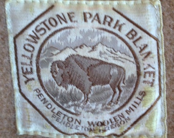Vintage Yellowstone National Park Four Point Pendleton Blanket