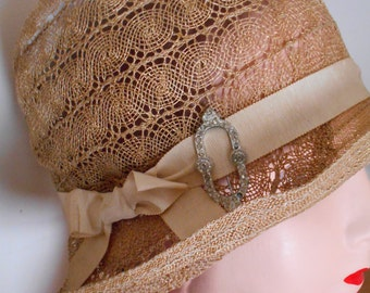 Beautiful 1920's Natural Straw Hat/Cloche very Downton Abbey/Flapper