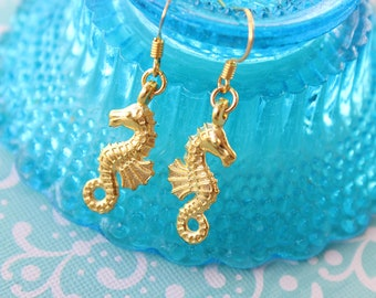 Gold Seahorse Earrings, Mermaid Birthday, Party Favour, Bridesmaid Jewelry, Everyday Earring, Bridesmaid Gift, Beach Wedding Summer Jewelry
