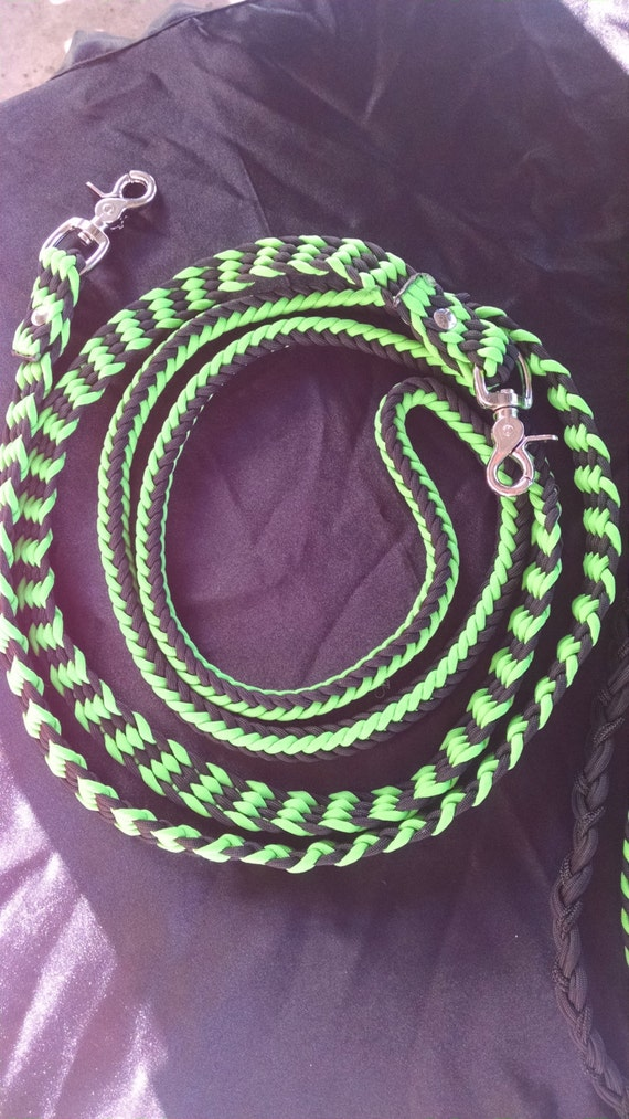 Horse Tack: Adjustable 9ft Paracord Barrel Reins, 8 strand round braid 550 paracord with trigger snaps