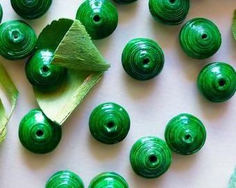 Set of 8 saucer paper beads, green, 0.59