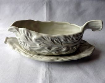 """Sylvac Sauce boat and tray, Vintage . Leaf design no. 5148, 1950s Suitable for mint, bread sauces or serving your """"jus"""""""