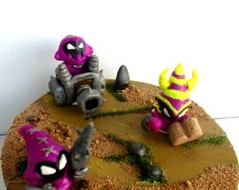 League of Legends: Purple Minions