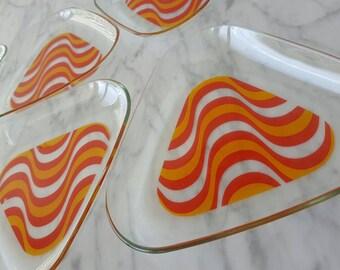 Modern 1970's Dessert Plates Set Of 6 Glass Triangle Modern Minimalist Orange Red Clear Appetizer Plate Set