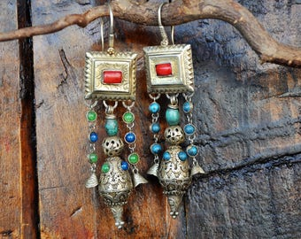 FREE SHIPPING. Handmade Berber Earrings. Golden silver, old Coral, Turquoise and semi-precious stones. Unique piece. Vintage, Boho style.