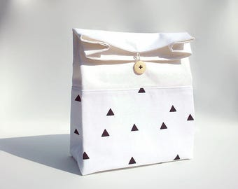 Lunch bag for women / White lunch bag with black triangles / Cotton food bag / Sac déjeuner / Sac a lunch
