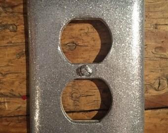 Silver glitter switch plate. Silver glitter outlet cover. Single outlet cover. Silver sparkle outlet cover.Silver cover with tons of sparkle