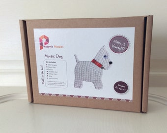 Mosaic Craft Kit - White Dog - A Great Christmas Gift / Stocking Filler for creative Boys and Girls!