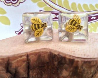 "Hand Cast Cufflinks ""Bee"" embellishment set in Cast Resin"