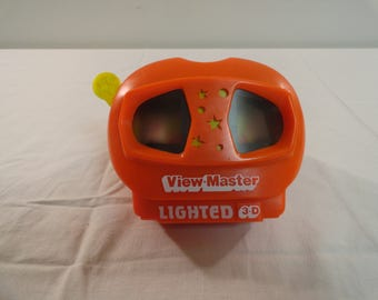 Vintage 1991 Lighted 3-D View Master With One Slide