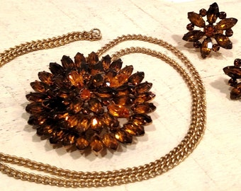 Vintage Cosutme Jewerly - Gold/Brown Necklace & Earrings