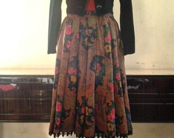 Paisley Patterned Vintage Skirt