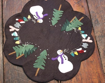 Snowman Clothesline Wool Felt Applique Table Mat