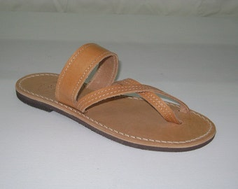 Natural toe double leather sandal