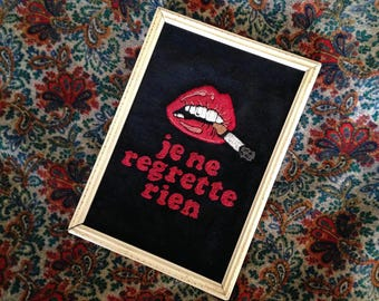 Je ne regrette rien' hand embroidered framed wall hanging