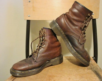 Awesome Vintage Early 90's Doc Marten's Brown Leather Combat Boots US Men's 6/Women's 7 1/2