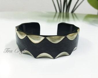 Horn Cuff Bracelet - V59