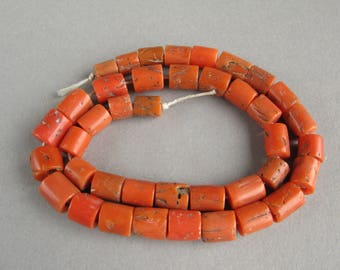 Antique Mediterranean Coral beads , Natural Coral, Jewelry coral, Coral beads, Old Coral necklace, Natural color. FREE SHIPPING!!!