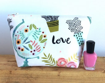 FREE U.S. SHIPPING - Small Makeup Bag - Gift for Her - Gift for Traveler - Women's Birthday Gift - Cosmetic Bag - Gift for Girlfriend