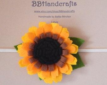 Girls headband. Sunflowers headband. Felt flower headband. Flowers head wreath. Flowers ornament headband. Valentine's Day headband.