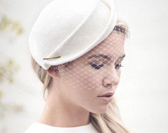 Hochzeit Vogelkäfig Schleier Hut, weißer Filz Braut Hut, Percher, faszinieren - Morven