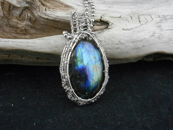 Labradorite Stainless Steel Wire Wrapped Pendant- Labradorite Necklace-Silver Labradorite pendant