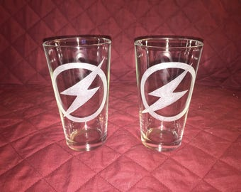 2 Hand Etched Flash Pint Glasses!