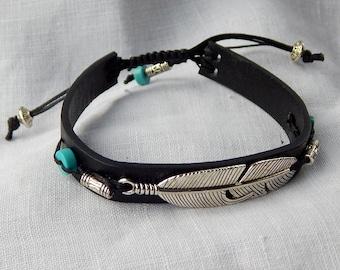 Bracelet black leather lanyard pen silver