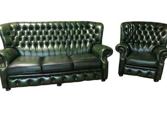 Attractive and Very Clean Chesterfield Leather Salon Set in Warm Green #8074