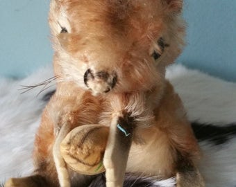 STEIFF squirrel with  nut! Collectible vintage plush toy Perri 2040/17
