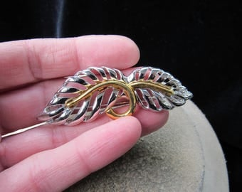 Vintage Wide Two Tone Leaf Pin