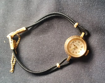 Vintage Ladies Elgin Queens W.C.CO. 10K Gold 1209 USA 23 Jewels 830A 6ADJ Winding Mechanical Watch
