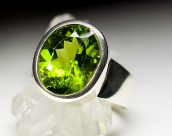 Peridot Silver Ring art e-028 | Natural Organic Olivine Sterling Silver Fine Jewelry