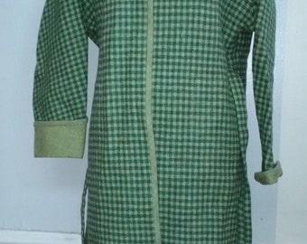 Green Checkered Wool Reversable Pendleton Cape Coat – Size Medium to Large