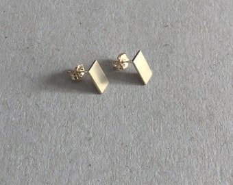 Minimalist Earrings, tiny stud earrings, Geometric  Earrings, Tiny Stud Earrings gold, square earrings, Stud Earrings, 14k gold, solid gold