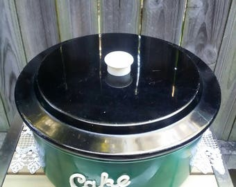 Vintage Retro Green Anodized  Cake Tin with Black Lid/Collectible Kitchenware