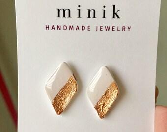 Minimalist earrings, stud earrings, valentines day earrings, diamond earrings