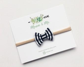 Black and White Stripe Mini Bow / Small Bow / Fabric Hair Bow / Nylon Headband / Clip Hair Bow / Baby Hair Bow / Pigtail Bows / Macie and Me