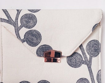 Envelope clutch, grey and white envelope clutch, rose gold clutch, grey white and pink clutch, spring clutch, spring envelope clutch