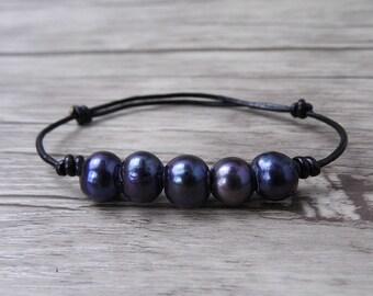 Leather bracelet Boho wrap bracelet Black Pearl bracelet Pearl wrap bracelet black freshwater pearl bracelet bead Bracelet jewelry SL-0510