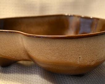 Frankoma Lazy Bones Bowl, Frankoma Brown Satin 3 legged bowl