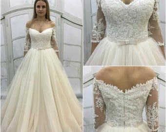 Vintage Inspired A-Line Light-As-Air Wedding Dress  Transparent Lace Back ,Tulle Skirt,an off-shoulder Long Lace Sleeves,sweetheart neckline